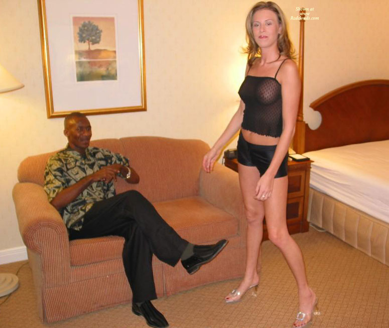 Wife tries huge black cock