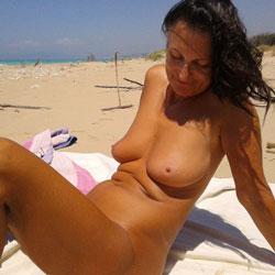 Hot Sun Hot Pussy - Big Tits, Shaved, Beach