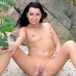 Intercourse With Nature - Big Tits, Brunette Hair, Nude In Public, Shaved , It Was Fine Summer Weekend, So I Decide To Spend It At The River Bank.