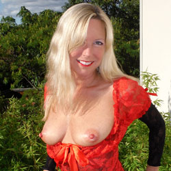 Rosa Returns In Red - Big Tits, Blonde Hair , It Has Been Quite Some Time Since Rosa Has Graced The Main Page Of RC. If You Have Missed Her, Let Her Know.