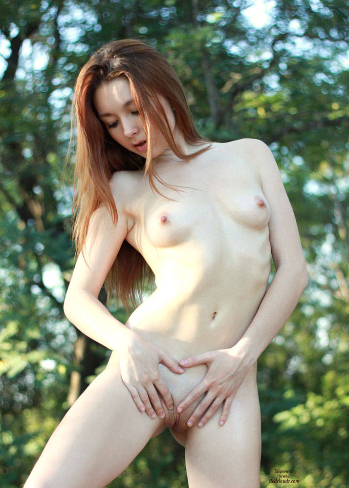 Pic #1Oiling - Outdoors, Redhead, Shaved