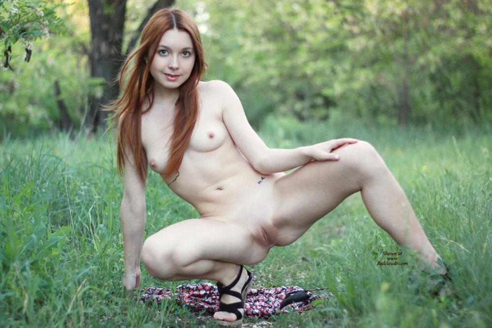 Pic #1Vivienne 4U - Medium Tits, Outdoors, Redhead, Shaved