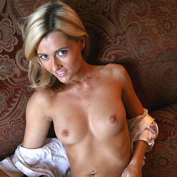 Sofa Show-Off - Big Tits, Blonde, Shaved