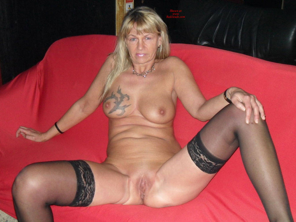 Pic #1Regina Nude For Chrismas - Big Tits, Blonde, Shaved, Tattoos