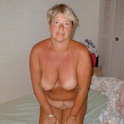 Deborah Lynn Shows It All - Mature, Big Tits, Wife/wives