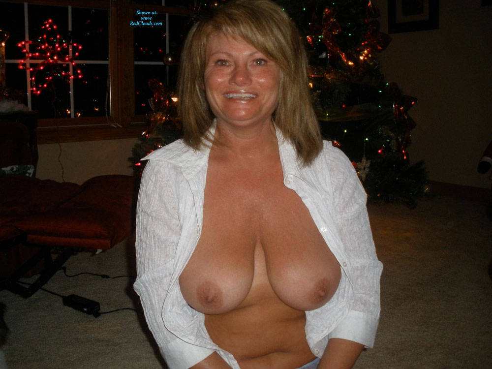 Pic #1Christmas Past And Present - Big Tits, Shaved, Amateur