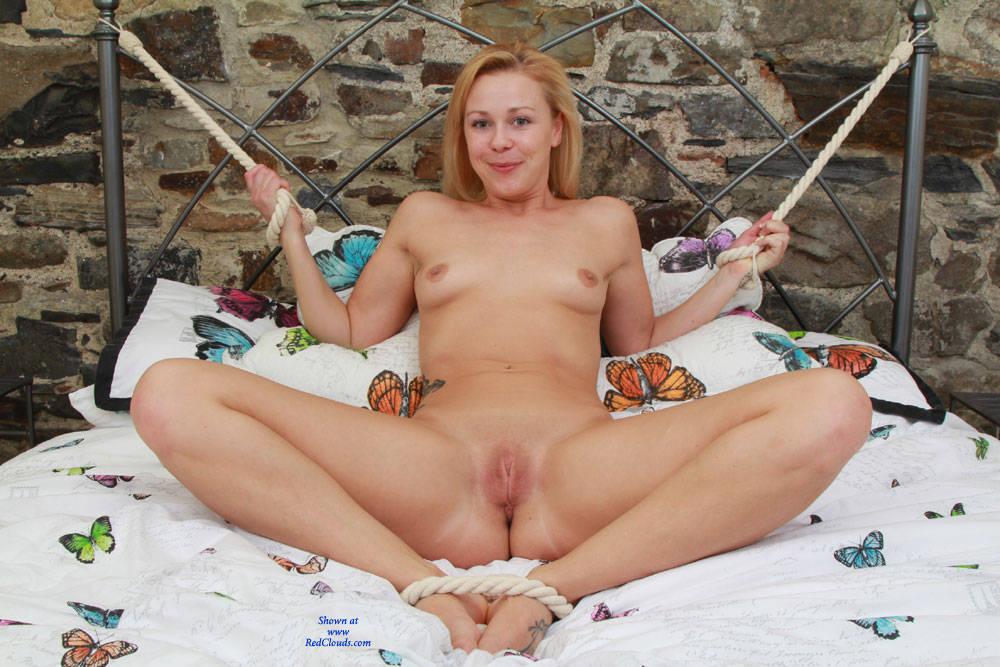 Lttle gierl porno