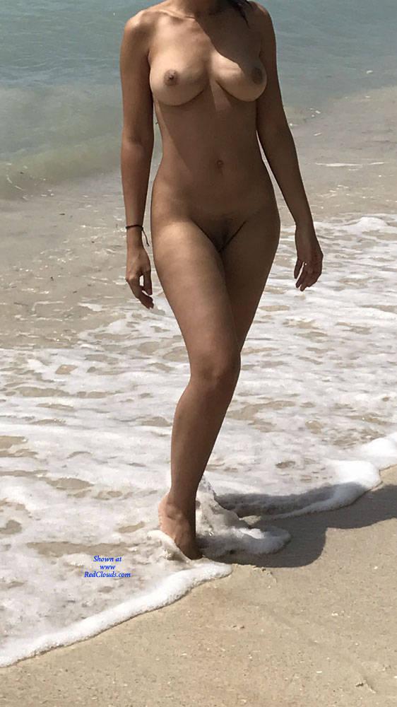 Pic #1La Playa - Nude Girls, Beach, Big Tits, Outdoors, Amateur