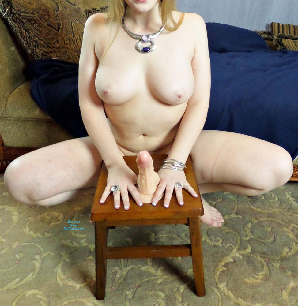 Pic #1Masturbating - Nude Girls, Big Tits, Toys, Shaved, Amateur