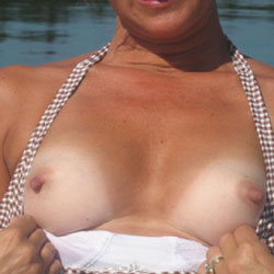 Hot Wife 52