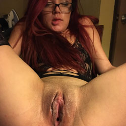 This Is Bee - Lingerie, Redhead, Shaved, Amateur