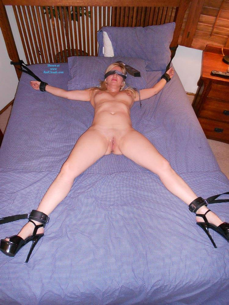 Pic #1Fifty Shades Of Jinxxx - Nude Girls, Blonde, Blowjob, Toys, Shaved, High Heels Amateurs