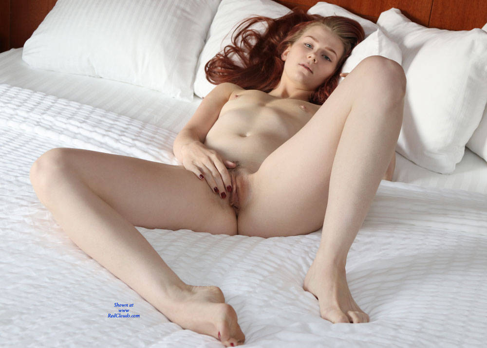 Pic #1Beth's Early Christmas Present - Nude Girls, Redhead, Small Tits, Toys, Amateur