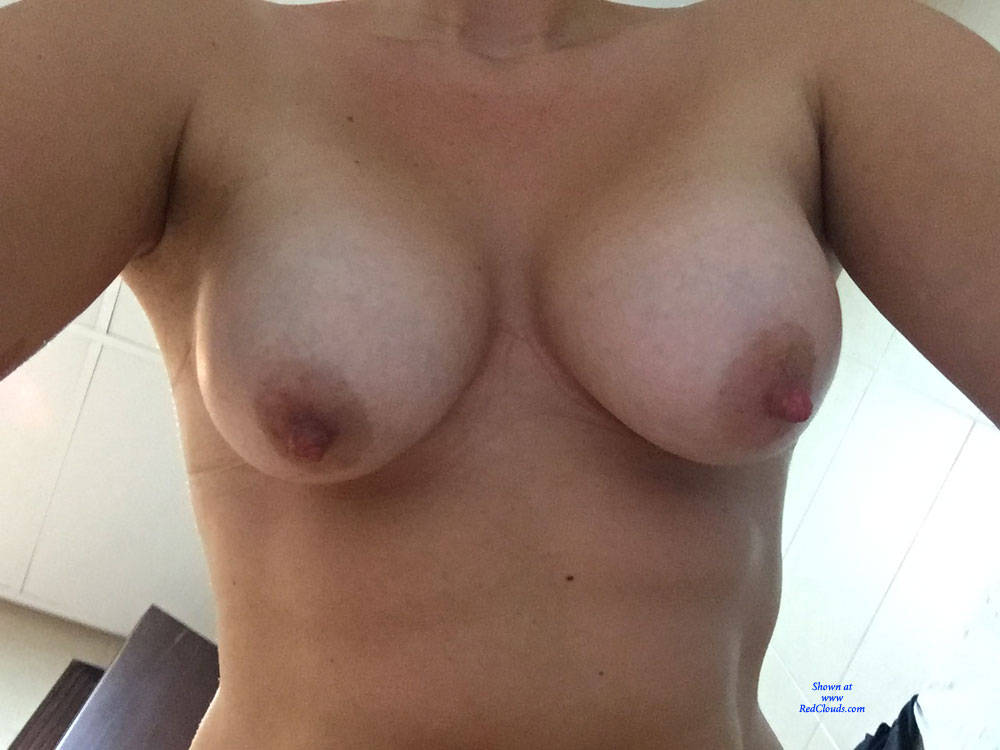Pic #1Teasing With Selfies - Big Tits, Close-ups, Pussy, Amateur