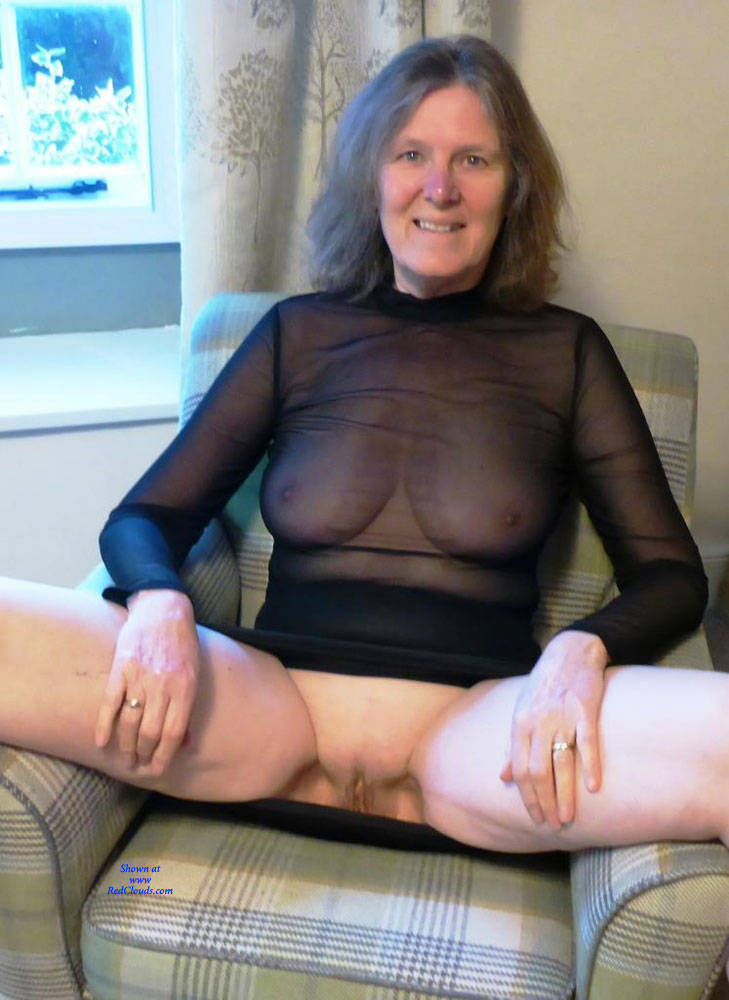 Pic #1Weekend Cottage - Big Tits, Mature, See Through, Amateur