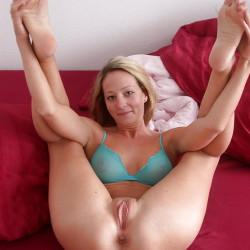 A neighbor's ass - Bridget