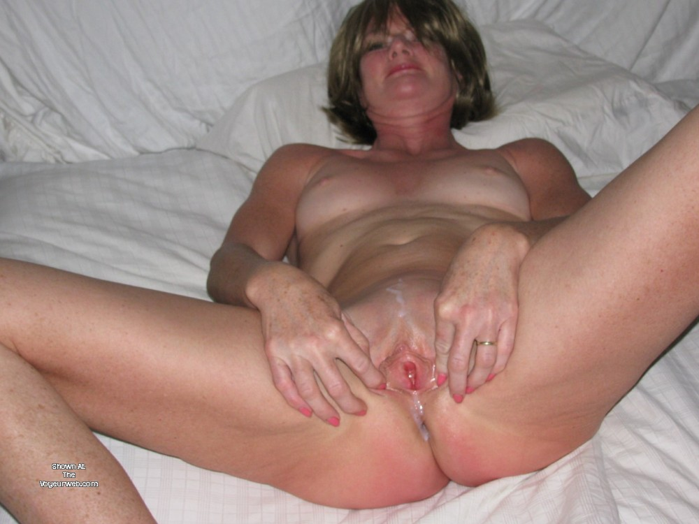 Pic #1Small tits of my wife - Pixie