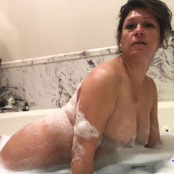 Melissa's Bathroom Collection - Nude Girls, Big Tits, Brunette, Shaved, Close-ups, Amateur