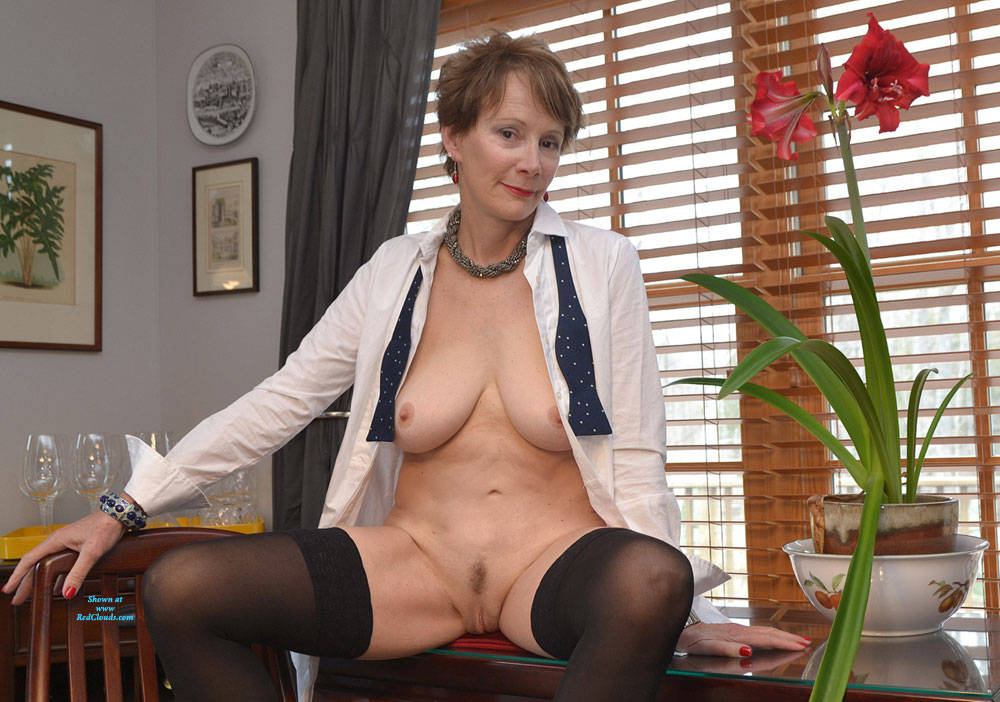 Pic #1Mother Often Said A Bad Cheque Always Returns - Brunette, Mature, Amateur, Big Tits, Lingerie, Stockings Pics