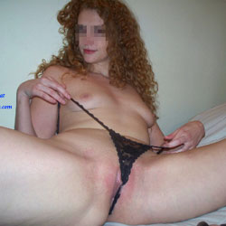 Amateur Redhead Poses Nude - Nude Girls, Redhead, Shaved, Amateur