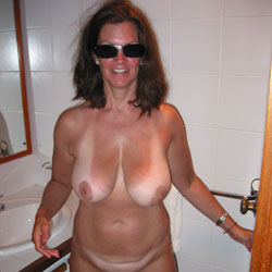 Off On Vacation - Michelle 34DD