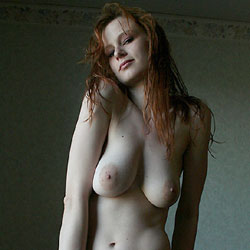 The Chair - Nude Girls, Big Tits, Redhead, Shaved, Amateur