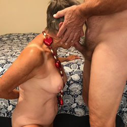 Valentine's Day - Nude Girls, Big Tits, Blowjob, Mature, Bush Or Hairy, Amateur
