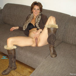 Dutch Melissa On The Couch 1 - Pantieless Girls, Mature, Shaved, Amateur, Legs Spread Wide Open
