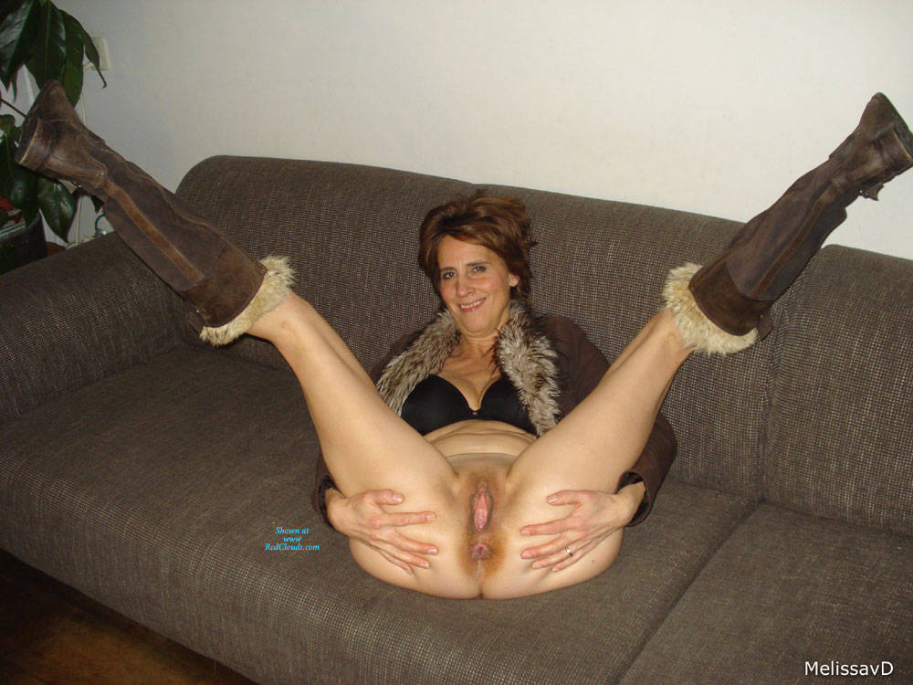 Pic #1Dutch Melissa On The Couch 2 - Pantieless Girls, Mature, Shaved, Amateur, Legs Spread Wide Open