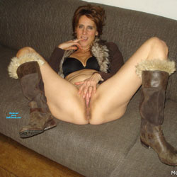 Dutch Melissa On The Couch 3 - Pantieless Girls, Mature, Shaved, Amateur, Legs Spread Wide Open