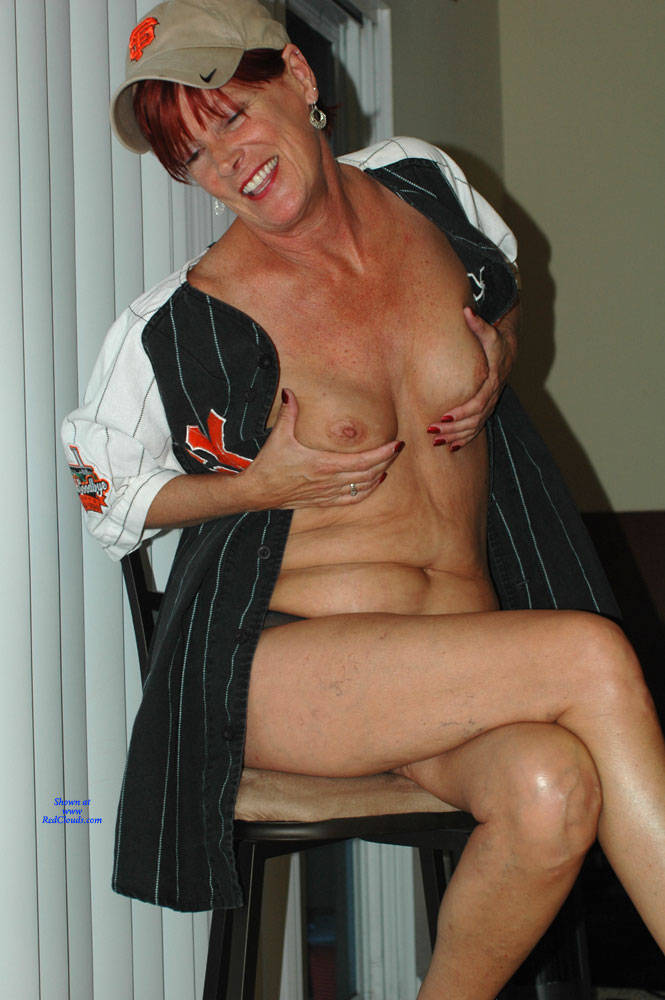Pic #1Sportswear - Mature, Wife/wives, Shaved, Amateur