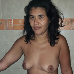 La Chinita II - Nude Girls, Brunette, Amateur