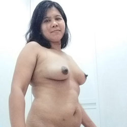After Shower - Nude Girls, Big Tits, Amateur