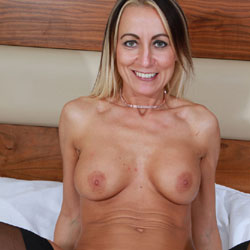 The Real Tess - Nude Girls, Big Tits, Blonde, Blowjob, Girl On Guy, Penetration Or Hardcore, Shaved, Pussy Fucking, Amateur